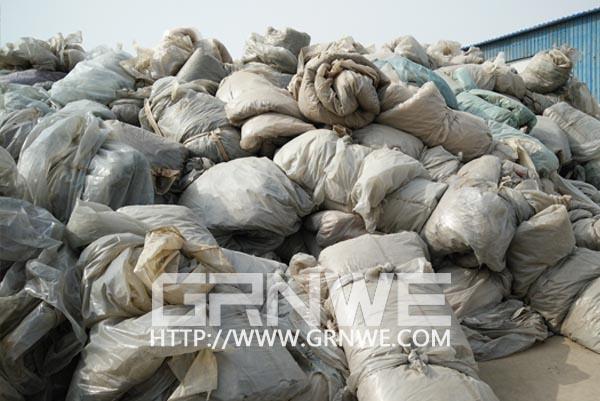 国外与国内废旧农地膜回收及处理现状